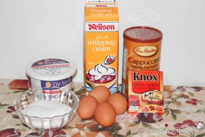 Ingredients for mascarpone cheese filling.