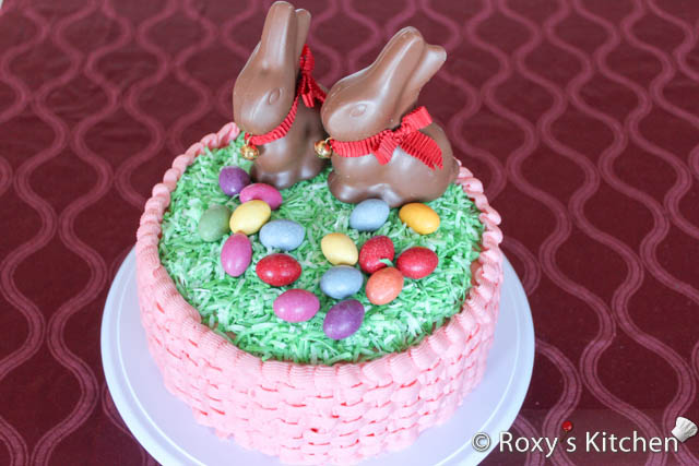 Easter Cake Decorating Challenge : Easter Cake with Bunnies and Eggs - Roxy s Kitchen