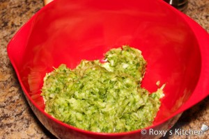 Lamb Haggis (Drob de Miel) - Mince the green onions in a food processor.