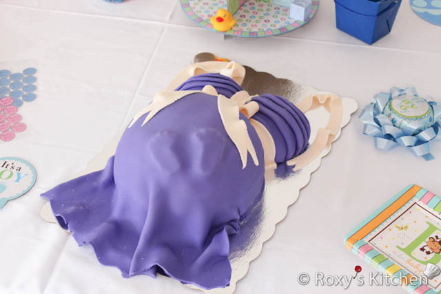 Pregnant Belly Cake - Gender Reveal Party / Tort Gravida