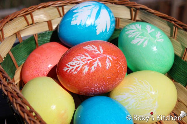 Easter Eggs With Leaf Imprints Oua De Paste Decorate Cu Frunze